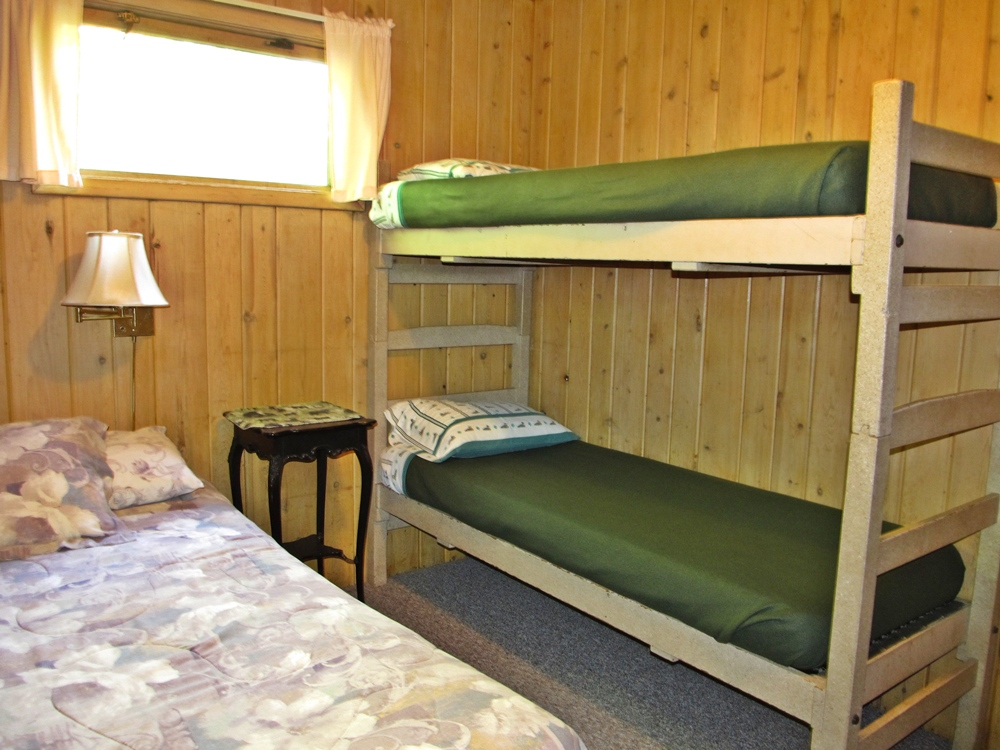 Are Cabin Beds The Solution For Small Bedrooms: Trout Lake Resort
